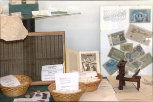 Foto Papier aus Hanf Cellulose Ausstellung im Hanf Museum